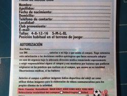 IMPRESION DE FOLLETOS CARPETAS FLYERS EN SANTOÑA CANTABRIA ONLINE PRECIOS BARATOS EN TAMAÑO A4 A5 A3 (3)